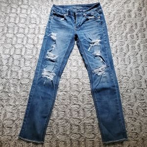 American Eagle TOMGIRL Distressed Jeans Size 0